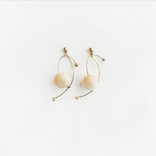 谩舞耳环 (beige) - Dancing Earrings (beige)