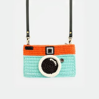 Crochet Vintage Camera Purse/ Mint-Orange Color