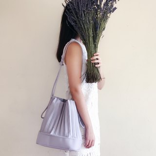 aPaddy Bucket Bag in Dusty Violet