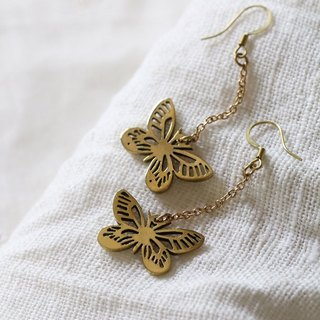 Lively Butterfy Earrings / Linen Jewelry / Everyday Jewelry / Butterfly Earrings.