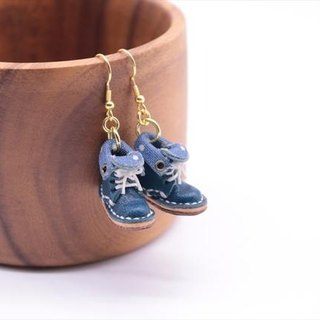 Swaying swaying small leather boots earrings | with navy lining