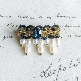 Secret Crown - secret crown - Brooch gold