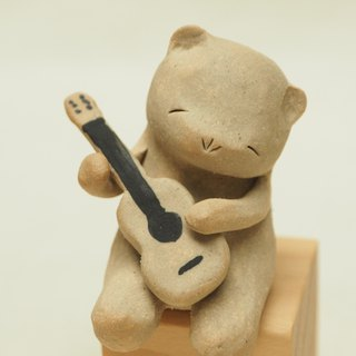 Guitarist Bear Ceramics By gapN studio