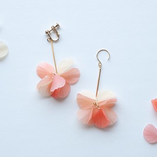 Petal earrings / earrings / orange pink