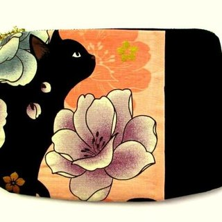 Black cat's Japanese pattern flat pouch * Orange D