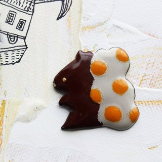 "enamel brooch  ""a squirrel of polka dots"""