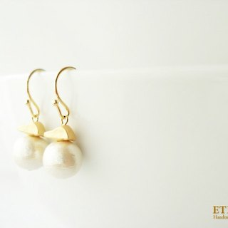 Cotton pearl and matte gold metal beads, hook earrings