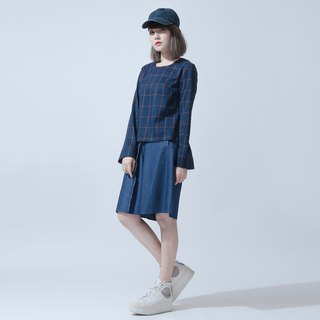 长袖须边上衣 Check-Pattern Top With Raw Cuff