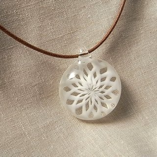 Icing suger Geometric pattern Pendant White line Glass Handmade