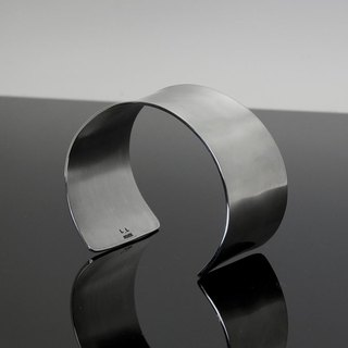 Curved To Align 2way Wide Silver Bangle [side curve] LLB - 004