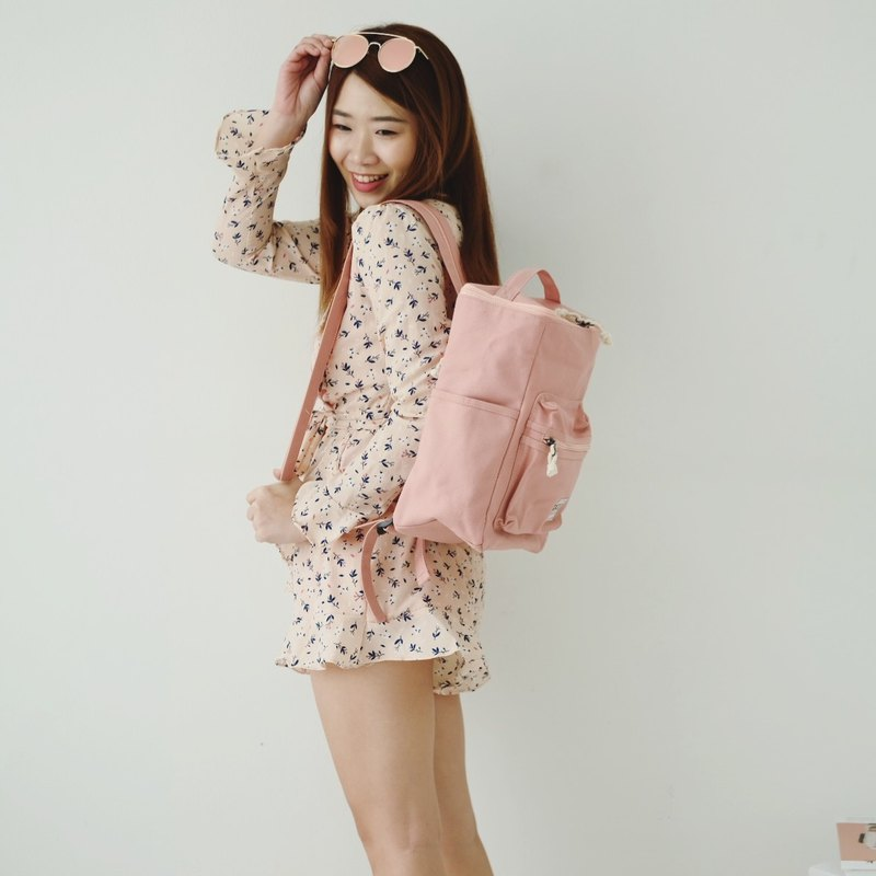 BUCKET BEAM BAG : BABY PINK COLOR