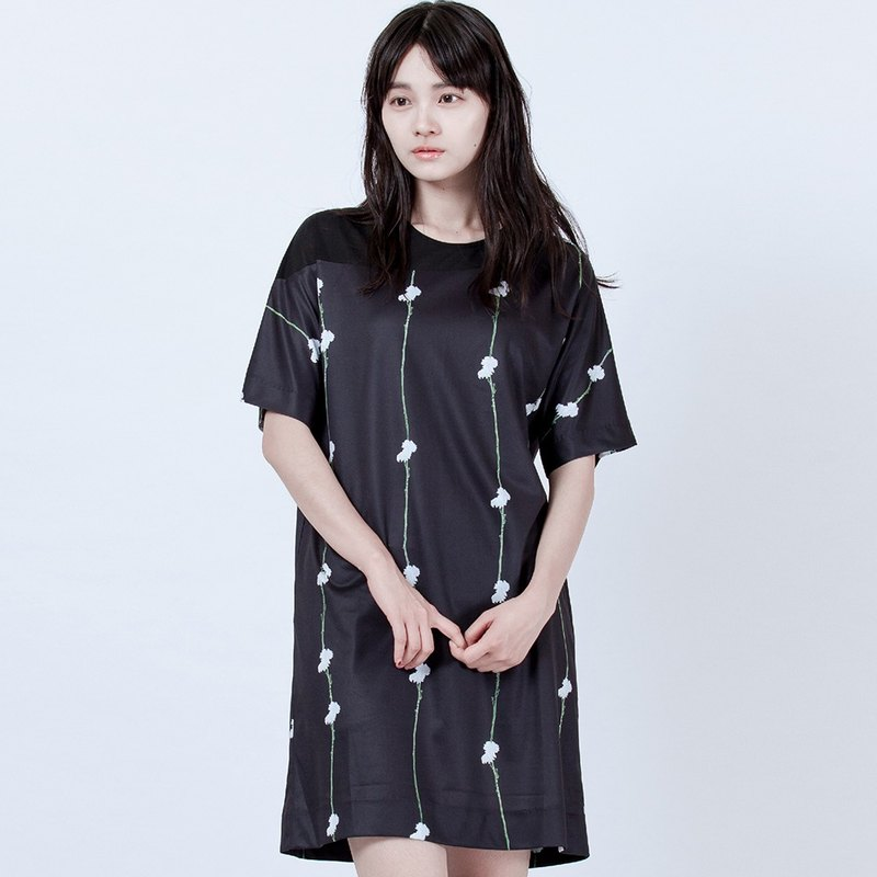直纹花朵斜肩洋装 Flower Printed Dress With Mesh Details