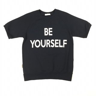 BE YOURSELF 短袖卫衣