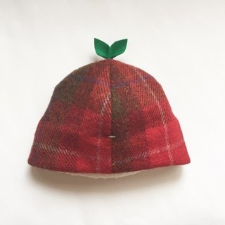 That is enormous! Red check of leaf cap wool