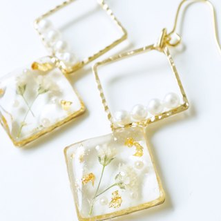 Misty grass and gold leaf pearl earrings or earrings