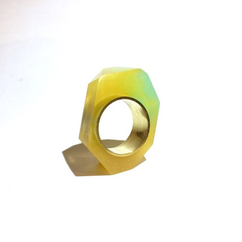 PRISM ring gold · yellow green