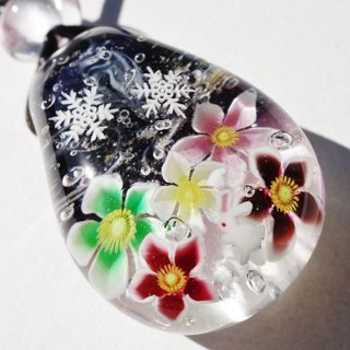 Christmas Rose and Rabbit Glass Tamba Jade Pendant Rabbit Snow Crystal