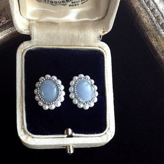14 kgf Angelite AAA and vintage pearl oval pierced earrings ear needle