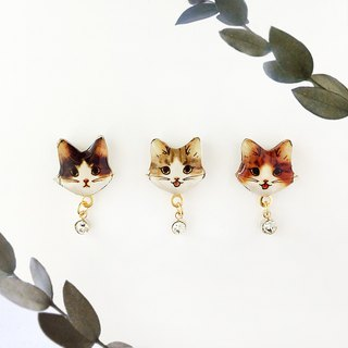 CAT EARRING