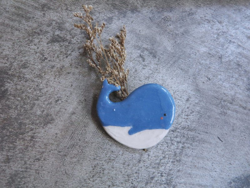 ceramic magnet blue whale