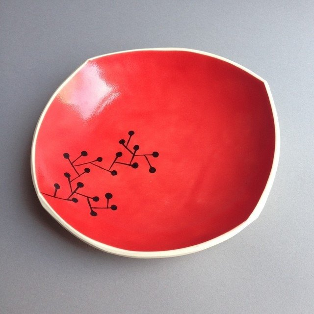 Dish (vegetable) red small plate (plants) red