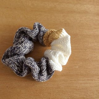 Hand knitted linenshush Navy × off white hair ring · donut hair ring · chouchou