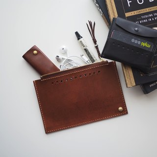 Leather Clutch小物皮夾: The Clyde Clutch - L035 SIZE S - genuine leather, kangaroo leather, reddish brown, sterling silver, gift, hand sewn, clutch, zipped clutch, unisex, clutch bag, purse, pouch, personlized,皮夾,手提包,隨身包,雜物包,紅棕色,咖啡色,925純銀,袋鼠皮,純銅,手工縫製,手工編織,禮物,中