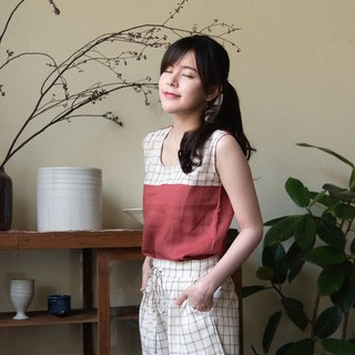 NIKARA SET (Linen tank top and Linen shorts) - Red/Brown plaid