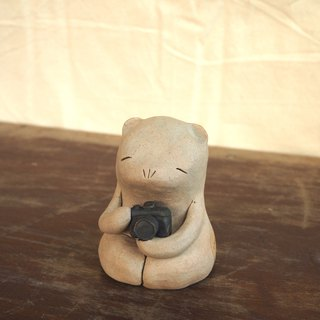 Photographers Bear ceramics