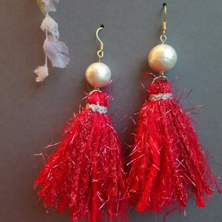 Nihon Sha line and cotton pearl earrings