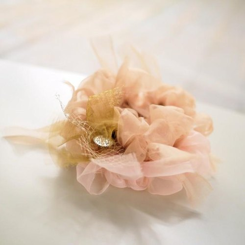 Color bloom knitting Chou ~ champagne / Flower ChouChou / Scrunchie -champagne