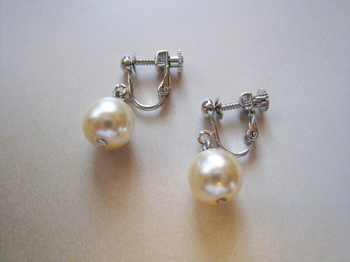 Czech Glass Pearl Earrings / E : Cream Bridal*