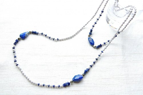 Lapis lazuli and gray pearl long necklace