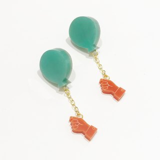 Flying flying earrings / earrings - green