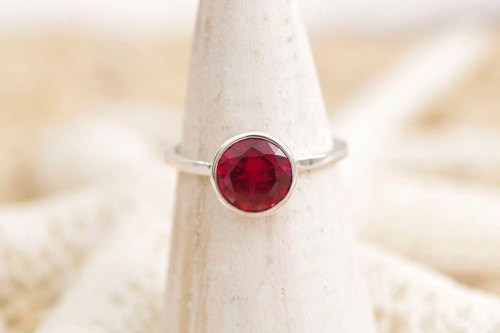 Silver ring of grain ruby
