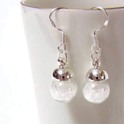 ♦ ︎SALE ♦ ︎ glass dome of earrings, such crystal was trapped like a light snowfall (mini)