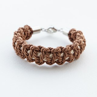 Cinnamon brown / Cream macrame bracelet