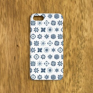 "One navy blue one. Smartphone case ""Dark blue flower pattern"" SC-190"