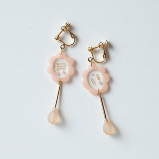 Frame earring / earring / 1 point only