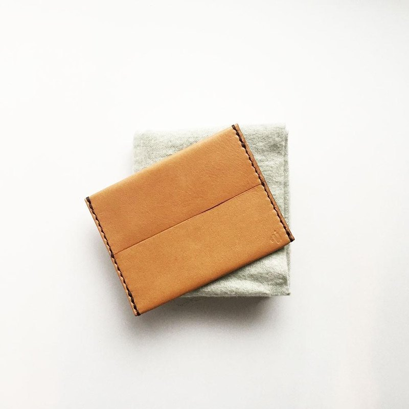 Pocket tissue cover Camel leather