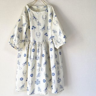 Embroidery Flower and Animal White Gather One Piece Dress