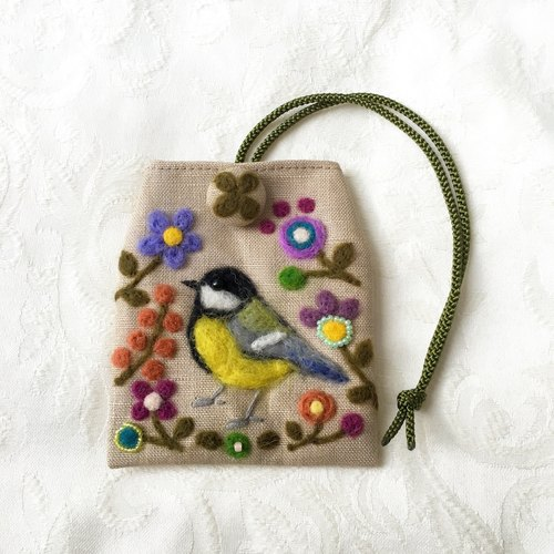 amulet bag of Great  tit