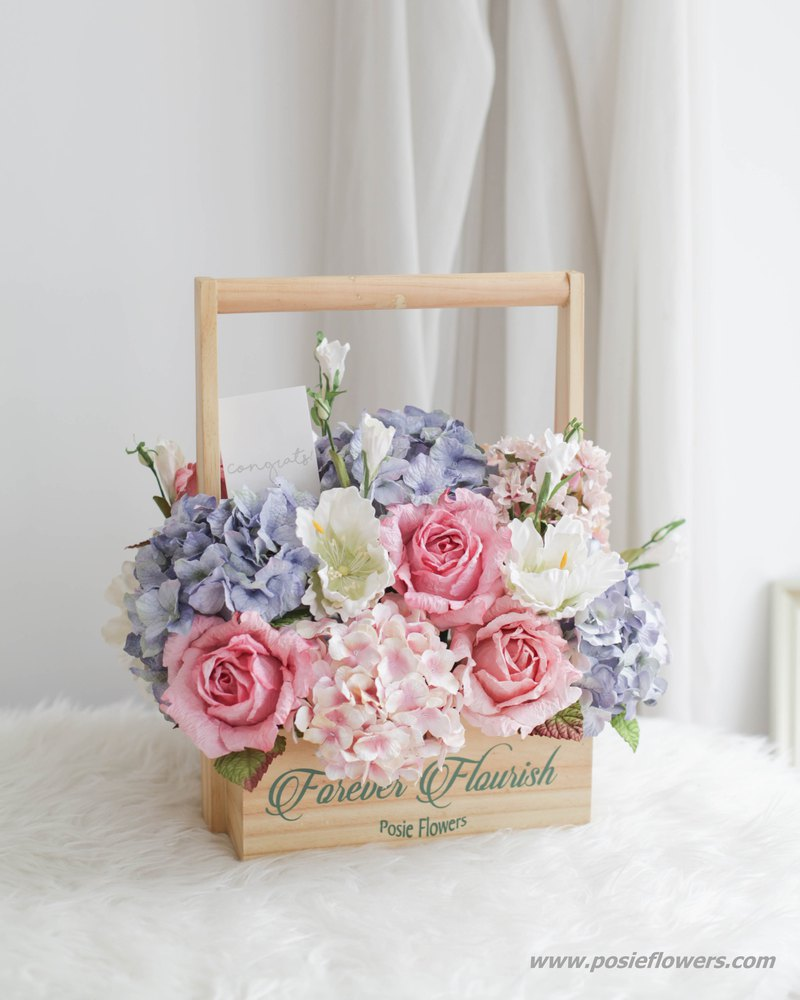 Pastel Pink and Blue - Vintage Flower Hamper