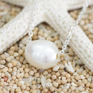 Grain necklace of freshwater pearl