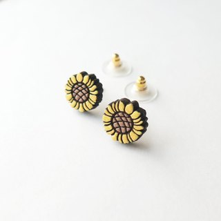 Wooden Earring Sunflower