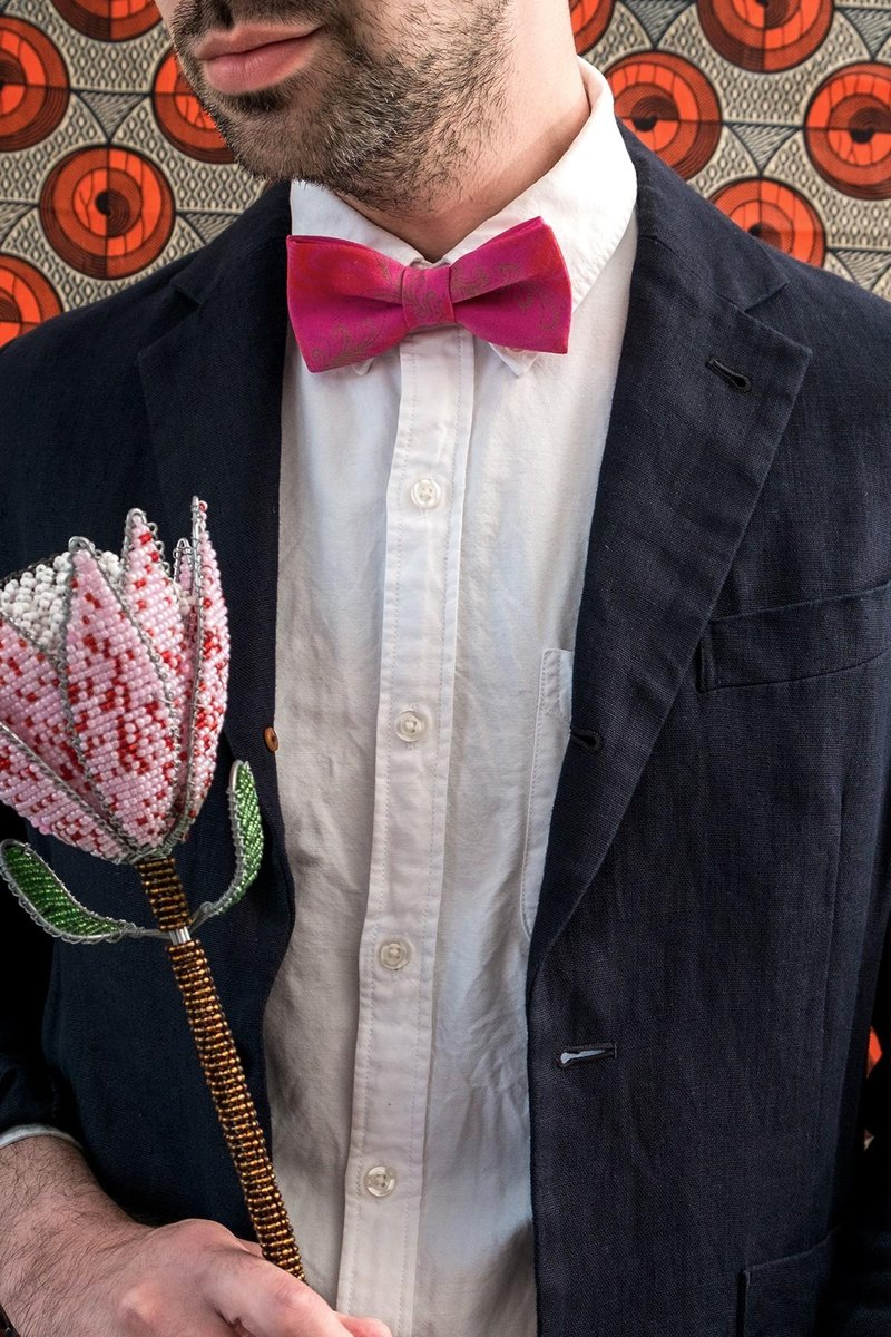 NEON PINK FEATHER BOW TIE