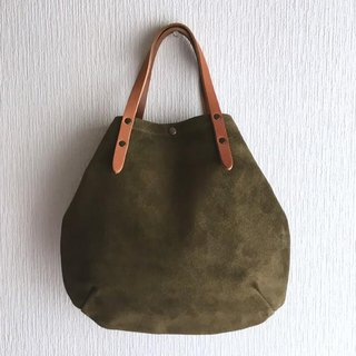 Round tote bag of cattle floor velor and extreme thickness oil nuts S-size [olive]