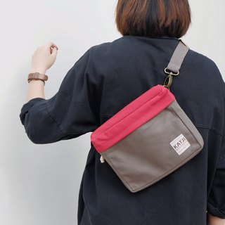 PiP BAG ( Traveller Bag ) : GREY x RED