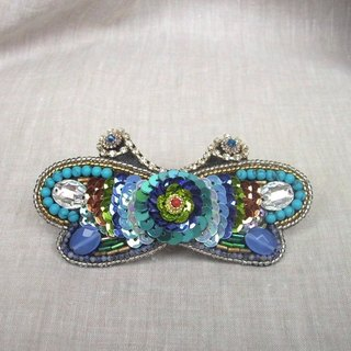 【beads embroidery】 butterfly barrette  no.7