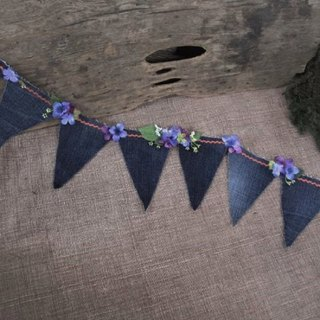 Denim's Flower Flag Garland